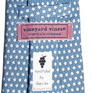 """Vineyard Vines Stars Print All Silk Tie L 62"""""""